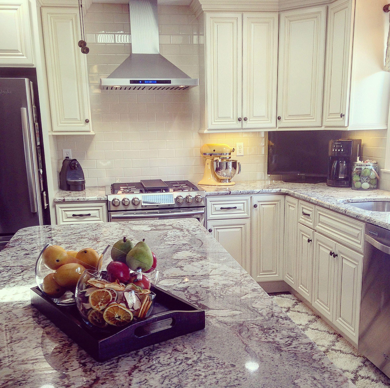 Cream cabinets with brown glaze! | Kitchen design, Kitchen ...