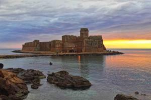 Le Castella Architecture historique, Historique