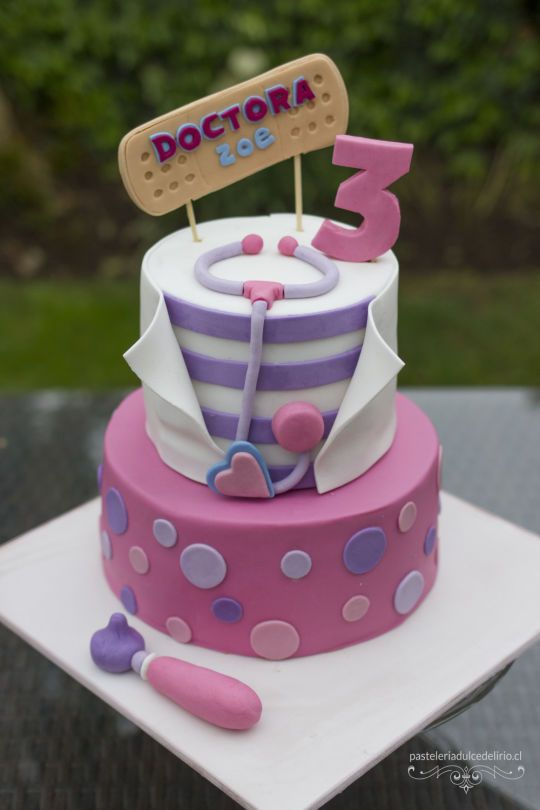 Excellent Doc Mcstuffins Cake Cake By Dulce Delirio Cakesdecor With Birthday Cards Printable Nowaargucafe Filternl