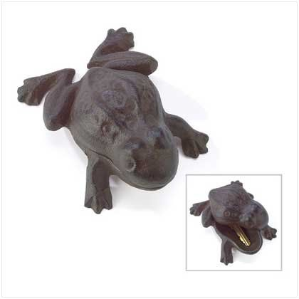 Garden Frog Outdoor Hide A Key Hider Cast Iron Charming Furniture Creations http://www.amazon.com/dp/B001AKTA2S/ref=cm_sw_r_pi_dp_6k03tb0G9682E5XE