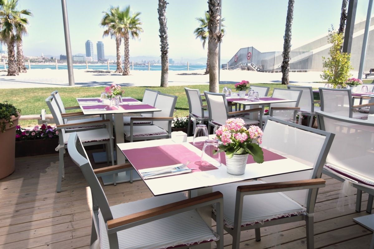 Mamarosa Beach Barcelona Outdoor Furniture Sets Barcelona Restaurants Outdoor Decor