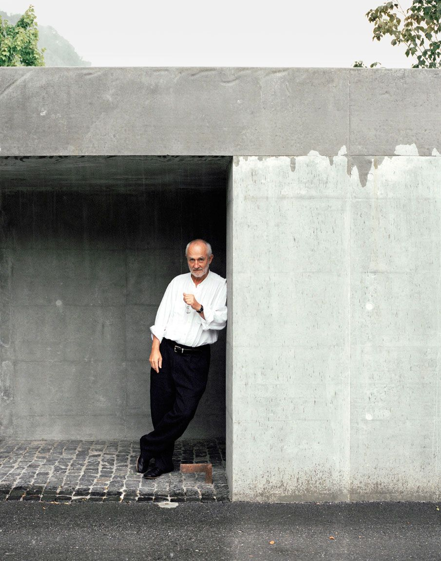 Peter Zumthor creates buildings on stilts for tourist