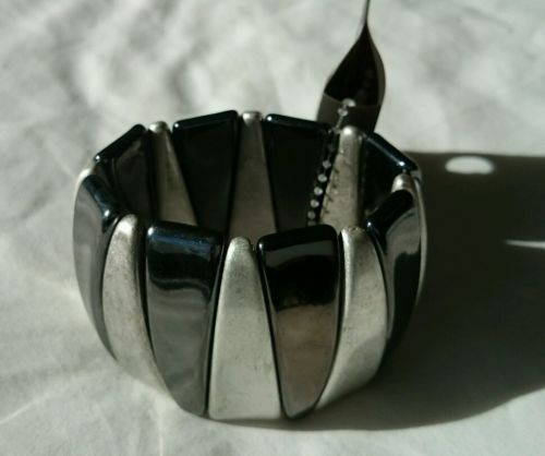 BNWT Jewellery silver/black bracelet/bangle River Island New! With tags https://t.co/1mkKiLZVKB https://t.co/0ss9OtVTli