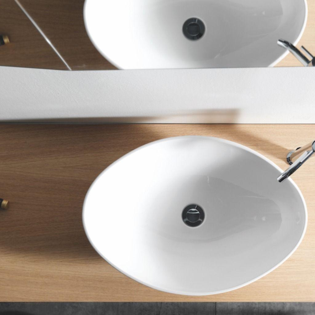 Bell Est Une Vasque A Poser En Ceramique Emaillee Finition Blanc