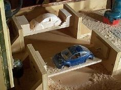 wood carving duplicator in action