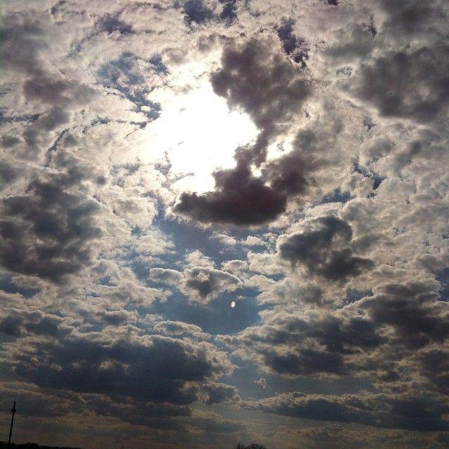 #sun #clouds #spring #beautiful #sky #nofilter #nature #blue #beautiful #goodday #sunny