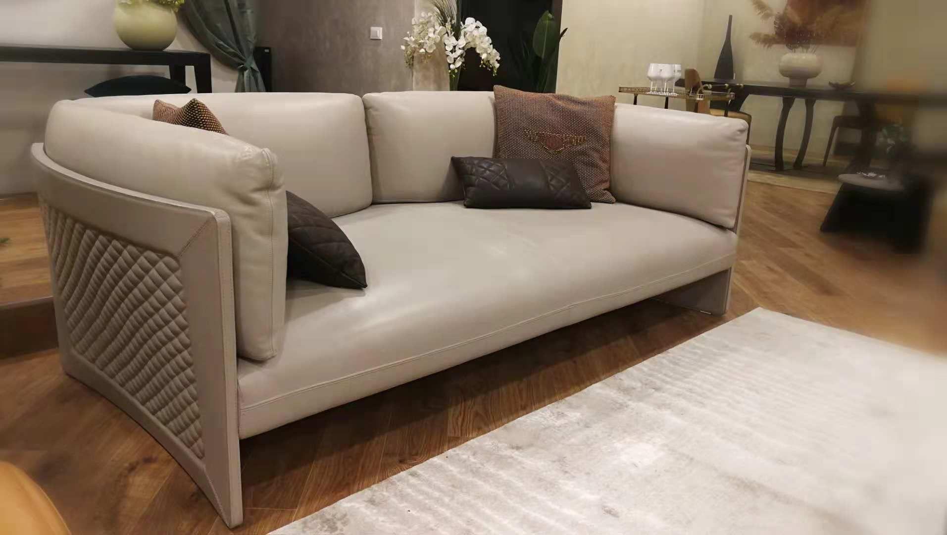 Best Bentley Sofa In 2019 Sofa Furniture Home 400 x 300