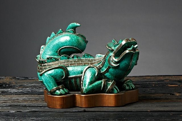 Jade Dragon by Wilhelm Kage