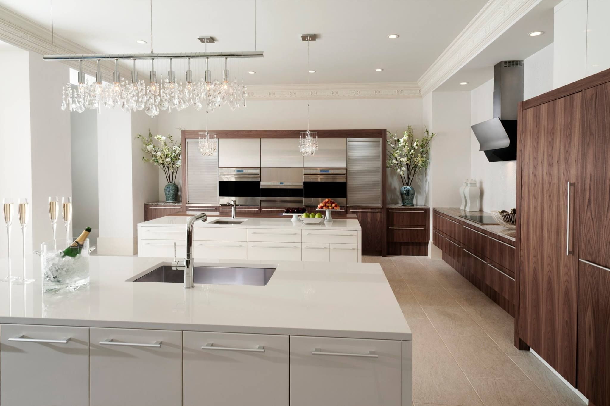 Wood Mode Kitchens Premade Kitchen Cabinets The Darker Cabinetry Is Perfect In Contrast To White Http Www Knsales Com Term 250