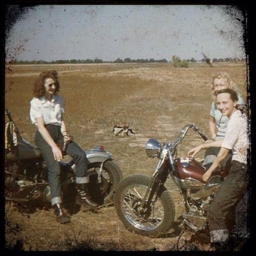 1940s motorcycle girls