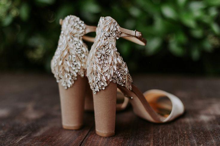How To Have A Glamorous Cinco de Mayo Wedding