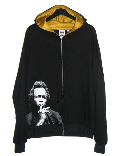 Miles Davis Jazz Icon Photo Men's Hoodie Sweatshirt by IDILVICE Fashion.