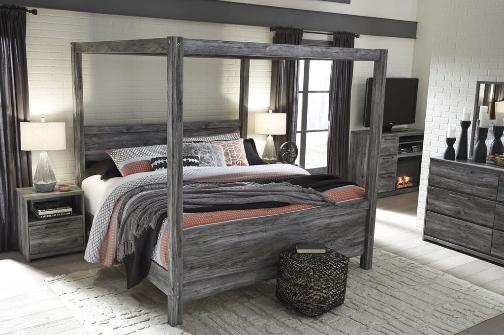 The Baystorm Canopy Bedroom Collection Canopy bedroom