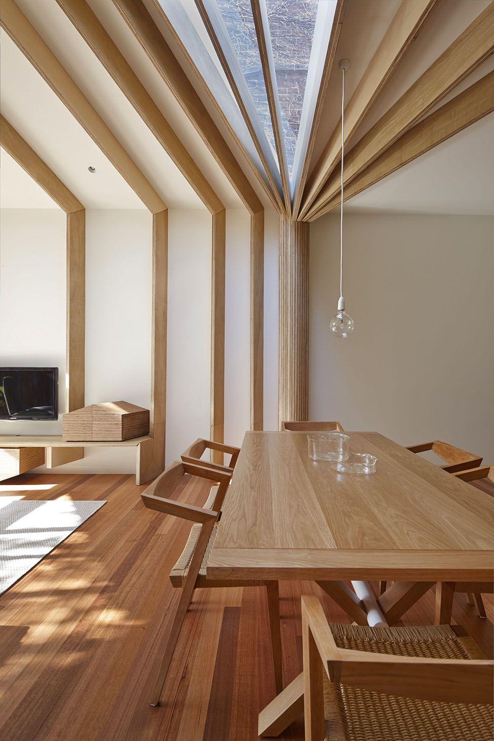 Innenarchitektur für wohnzimmer für kleines haus cross stitch house by fmd architects   rest of the world