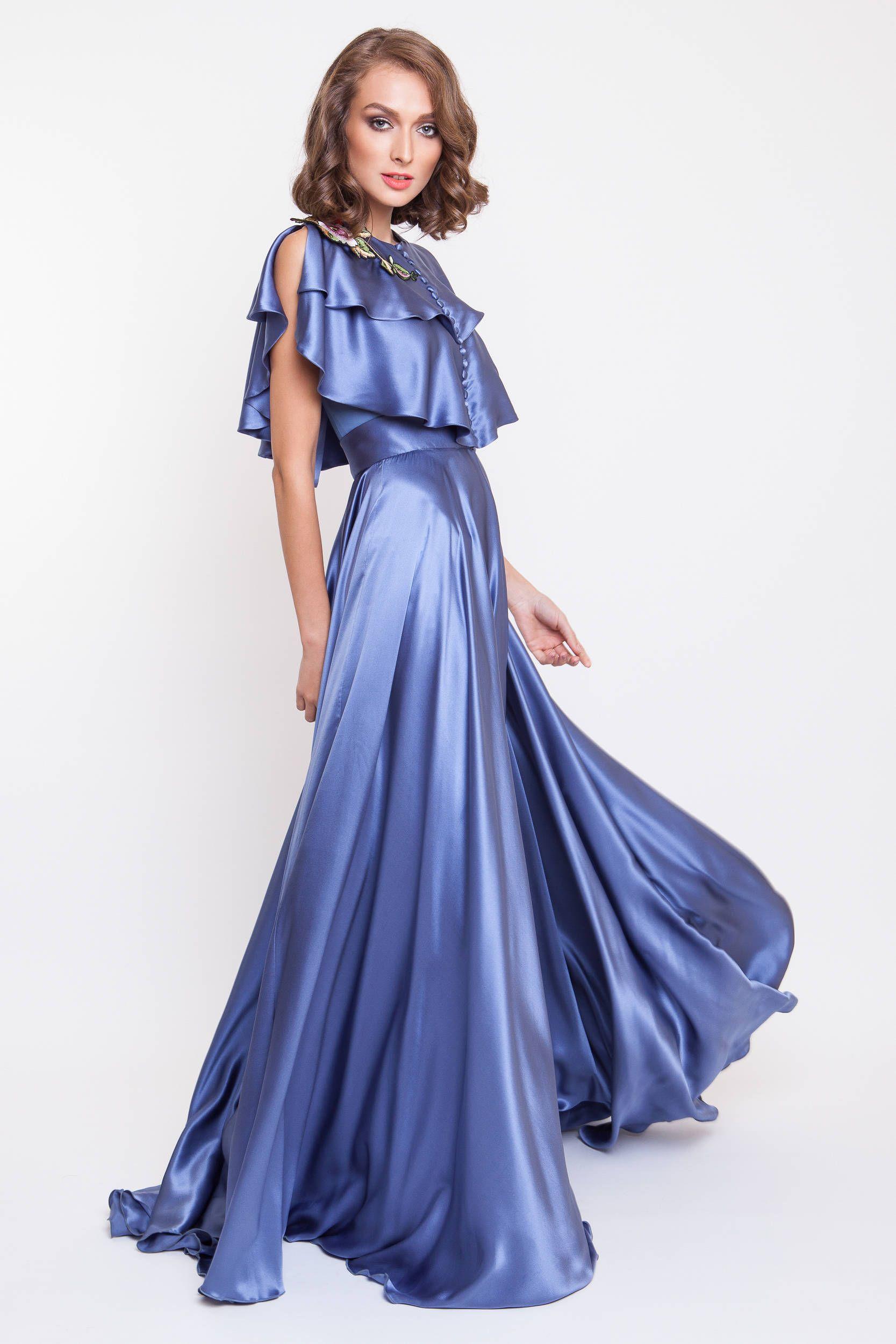 Seide satin Maxi-Kleid mit handgefertigten Stickereien