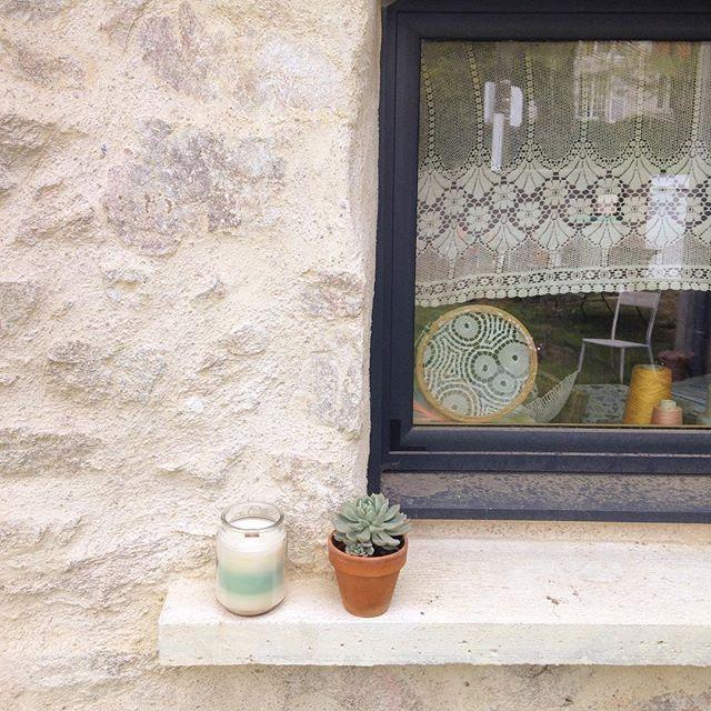 doily window art