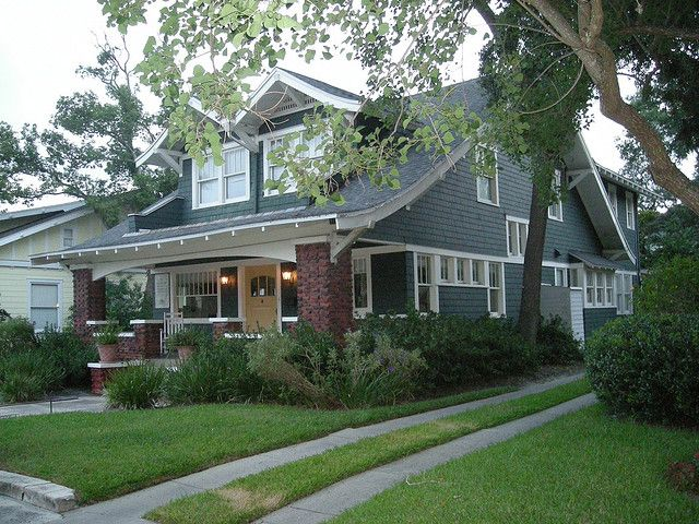 Extremely Gradual Arch Craftsman Bungalows Craftsman House Craftsman Style Homes