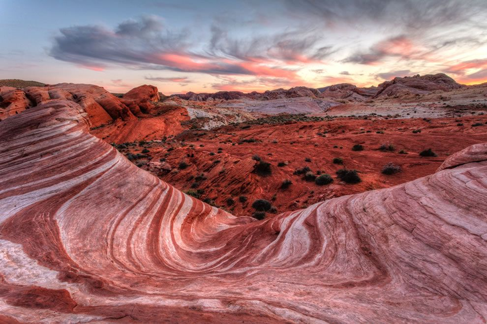 Valley of Fire S.P. Nevada - Fire Wave - Lots of cool painted desert features!  5.5 hr drive