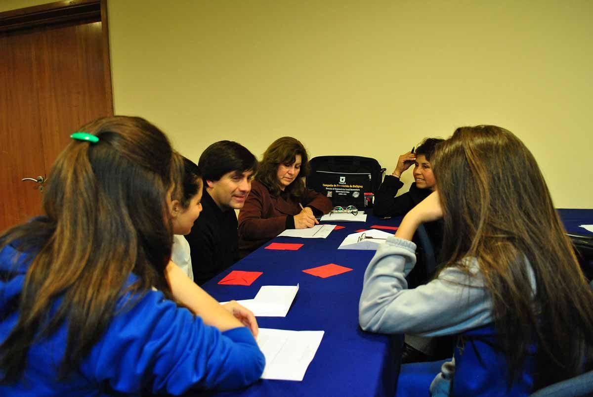 Taller de Prevención de Bullying en dependencias de Diario El Centro 26 de Abril