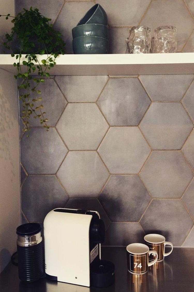 fliesen verfugen glitzer hexagon grau minimalistisch effekt akzent