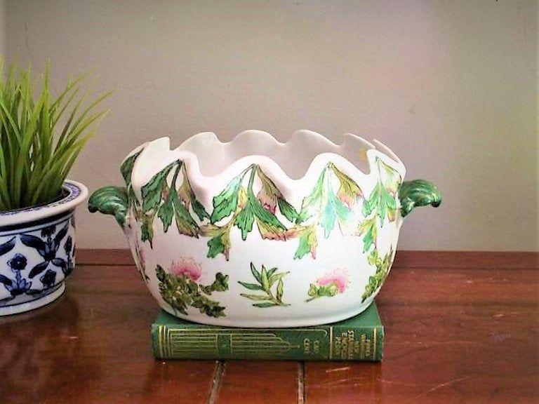 Vintage Ceramic Cache Pot Ceramic Decorative Planter Chinnoiserie Planter Green Chinoiserie Coffee Ta Palm Beach Decor Bar Cart Decor Decorating Coffee Tables