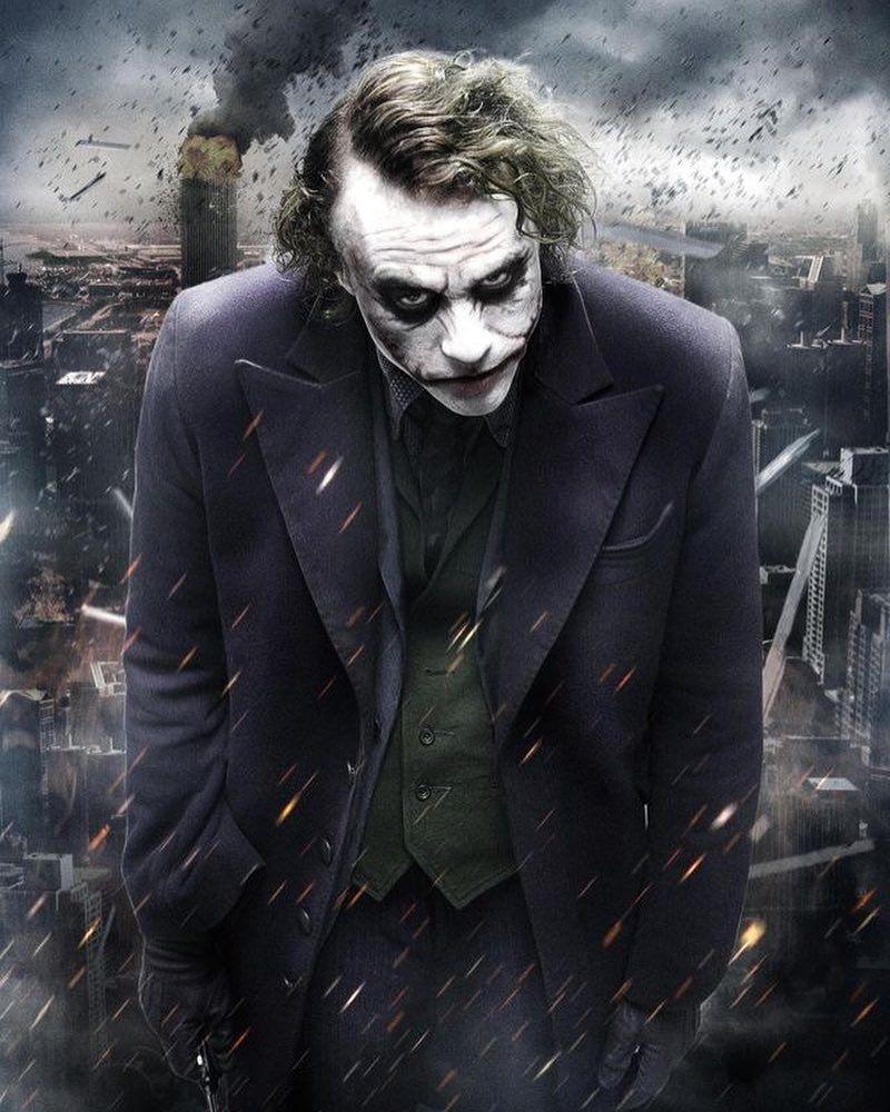 Critica Coringa E Eletrizante E Retrata O Pior Lado Da Sociedade Arthur Fleck Joaquin Phoenix Tr Joker Wallpapers Batman Joker Wallpaper Joker Dark Knight