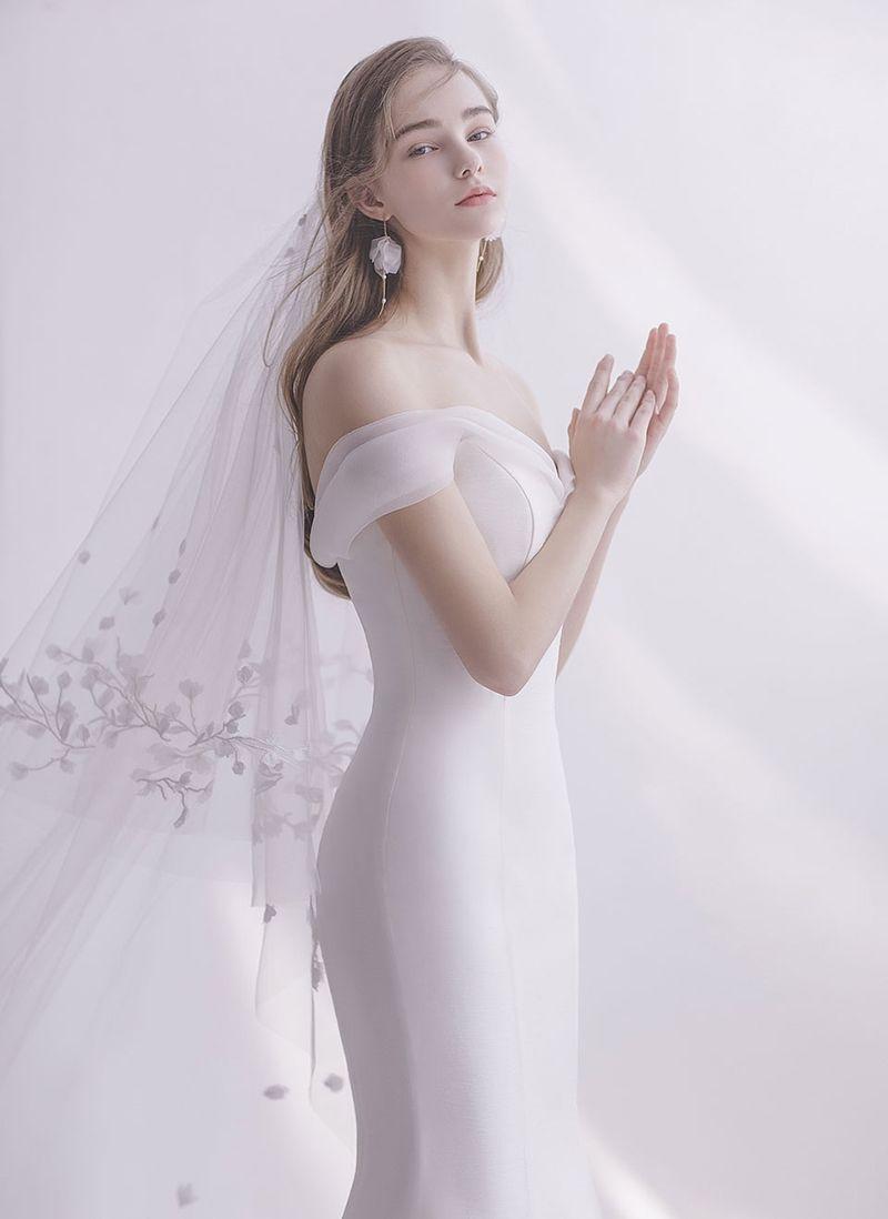 15 Bald ikonische Brautkleider, um Ihre innere Königin hervorzuheben