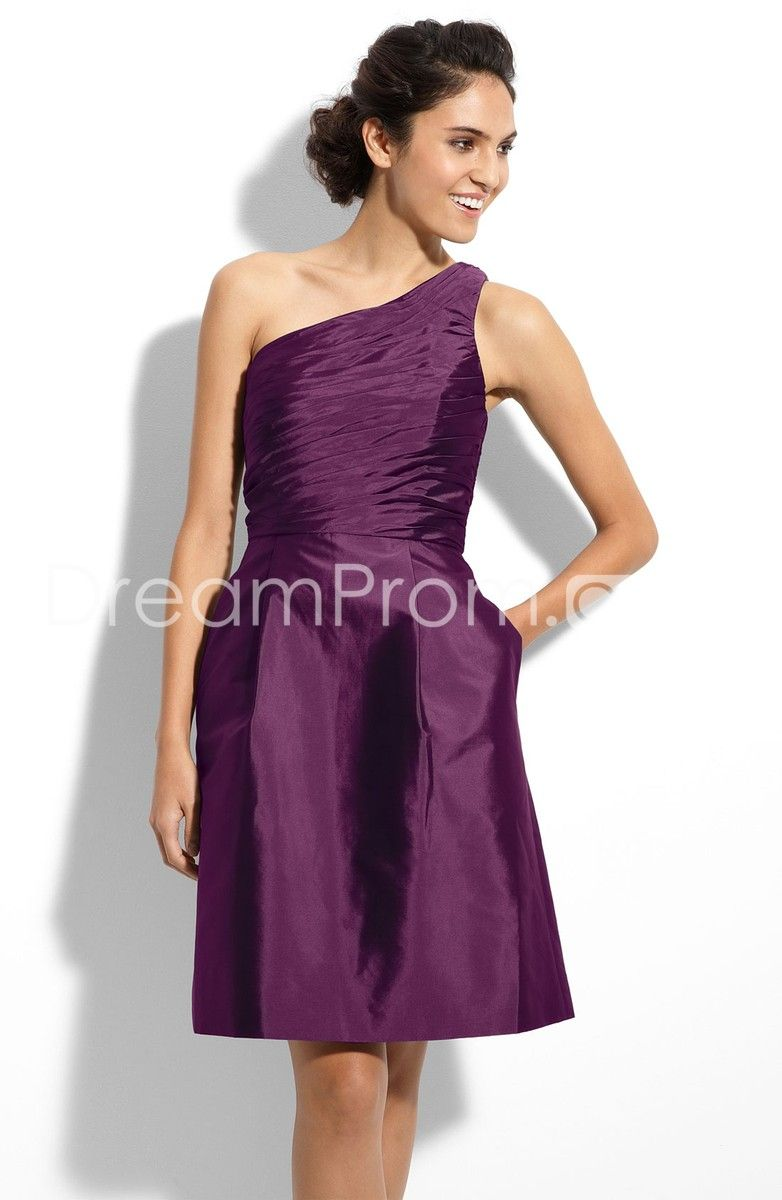 Bridesmaids Dresses Love the Dress Not the color.   Wedding nonsense ...