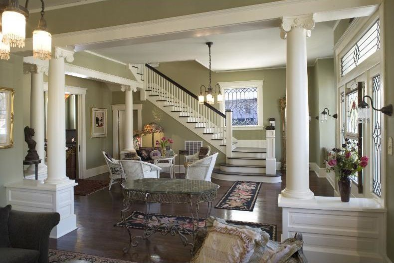 Best 25 craftsman staircase ideas on pinterest - Georgia furniture interiors savannah ga ...