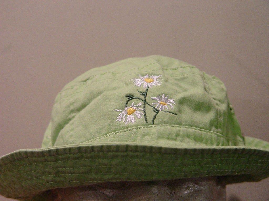 Aesthetic embroidery bucket hat