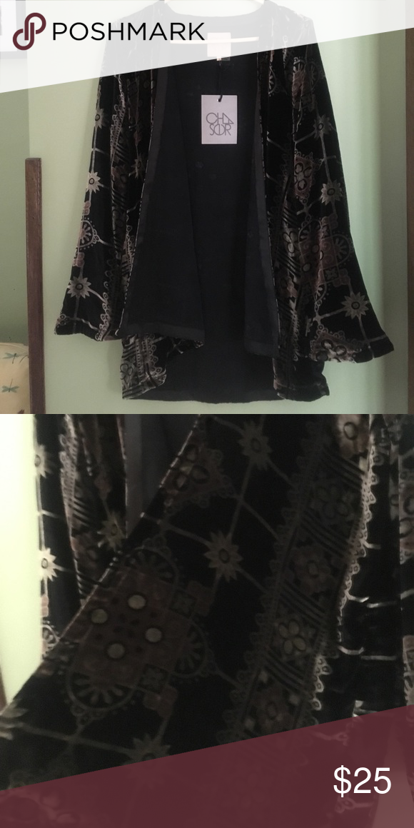 NWT Chaser Velvet Open Cardigan M Black patterned Velvet open cardi Chaser Sweaters