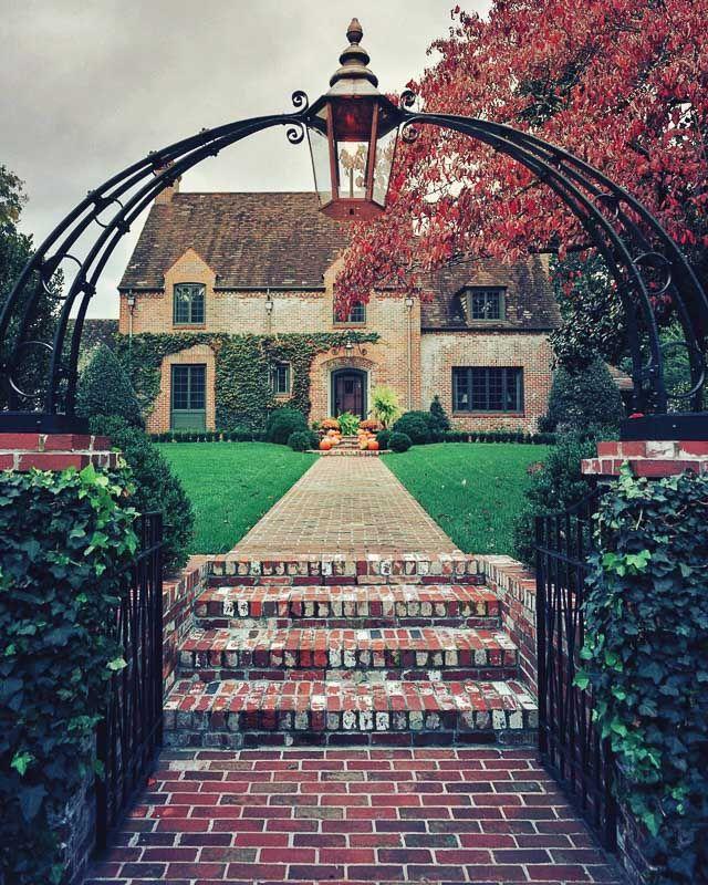 Autumn in Beautiful Historic Marietta #historichomes