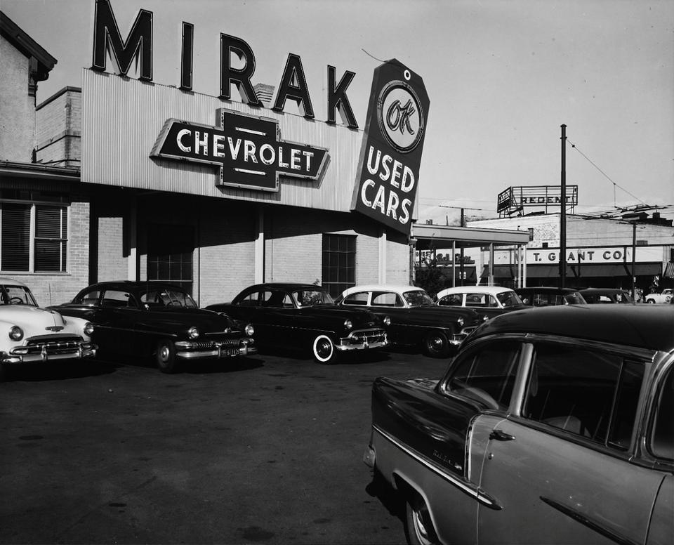 Mirak Chevrolet Dealer Chevrolet Dealership Chevy Dealerships Classic Chevy Trucks