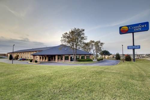 The Quality Inn Hotel In Waverly Ia Is Conveniently Located Off Interstate 218 And Highway 3 Just One Mile From Wartburg College
