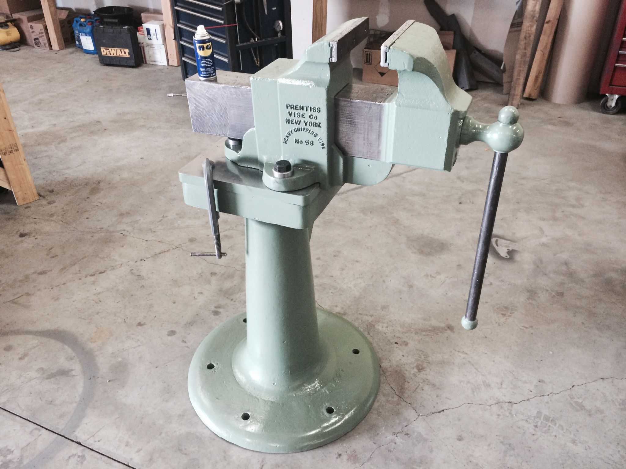 This Vise Came Out Of The Rail Yard In Laramie Wy And The Vise Stand Came From The Albuquerque Rail Yard Vise Ha Metal Working Tools Homemade Tools Bench Vise