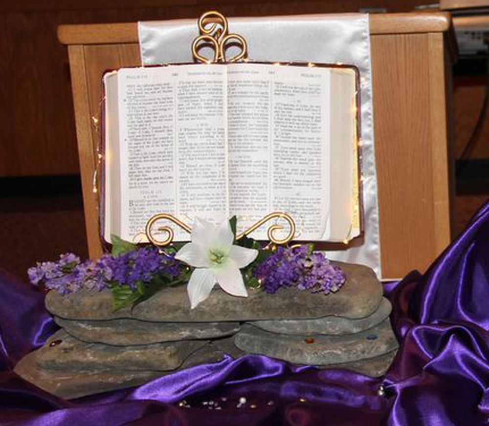 Easter Altar ~ Purple ~ Lights ~ Lilies #WordofGod # ...