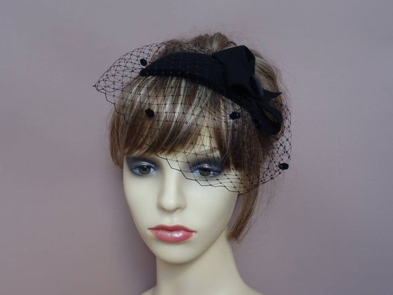Black fascinator pillbox hat felt teardrop birdcage veil 1940's  1950's retro vintage style wedding #fascinatorstyles