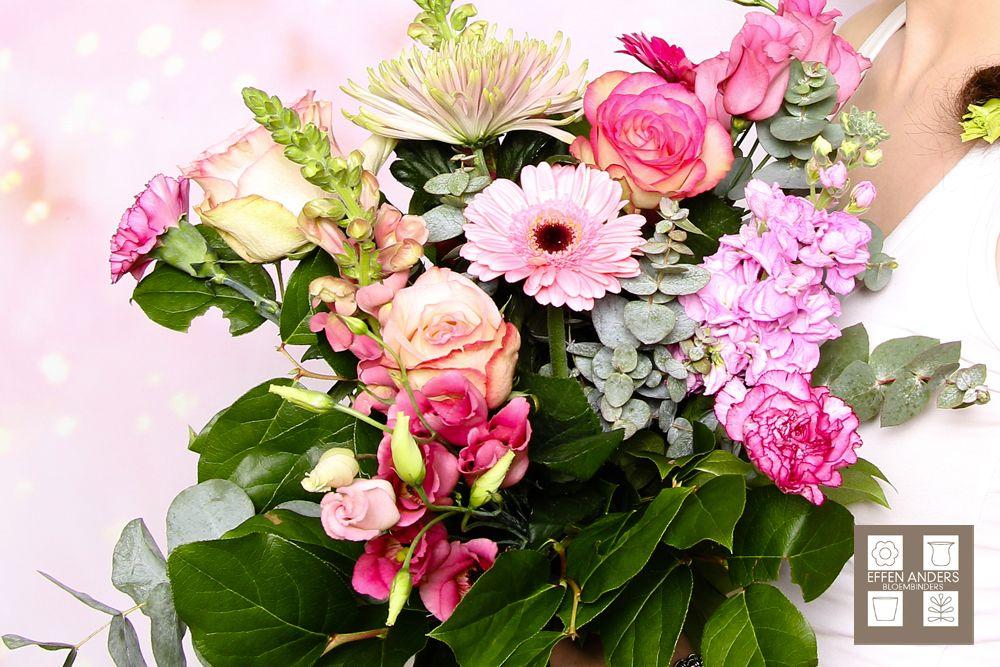 Onze blog! http://www.bloemenuitaalten.nl/effen_wat_anders/