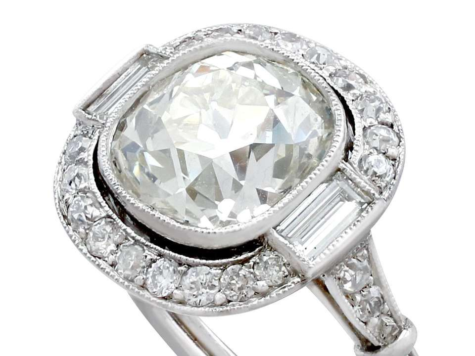 For Sale On 1stdibs A Stunning Antique And Contemporary 4 23 Carat Diamond And Platinum Halo Style Platinum Halo Engagement Ring Estate Jewelry Platinum Halo