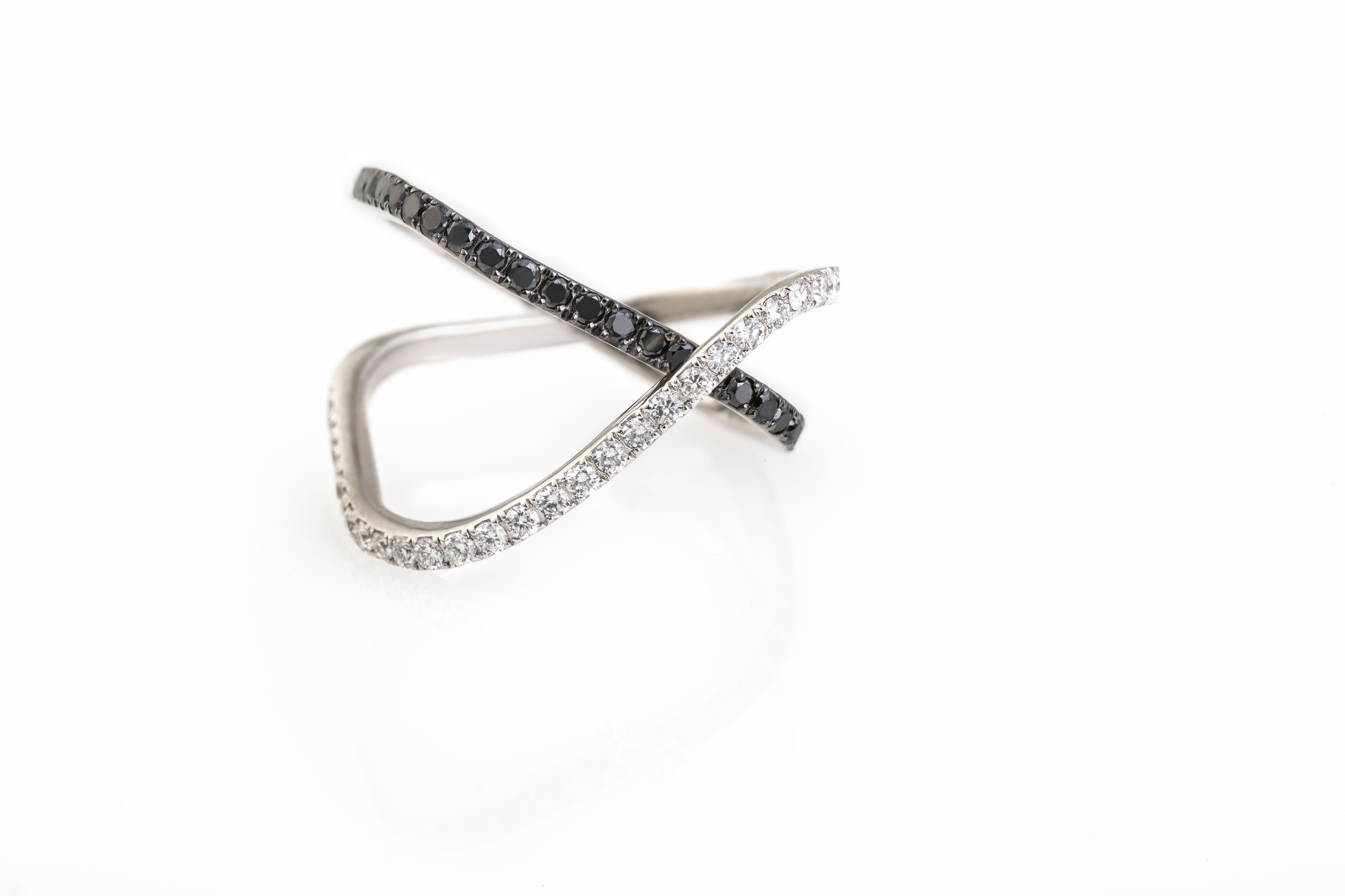 Nada G Resolutions double stripes full #ring, 18k #gold with white and black #diamonds.