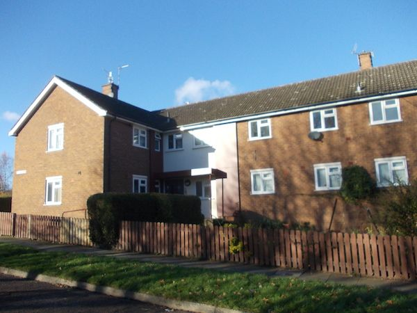 1 Bedroom Property For Rent In Woodchurch Wirral Woodchurch Rent Wirral Property Houses Movingsoonuk
