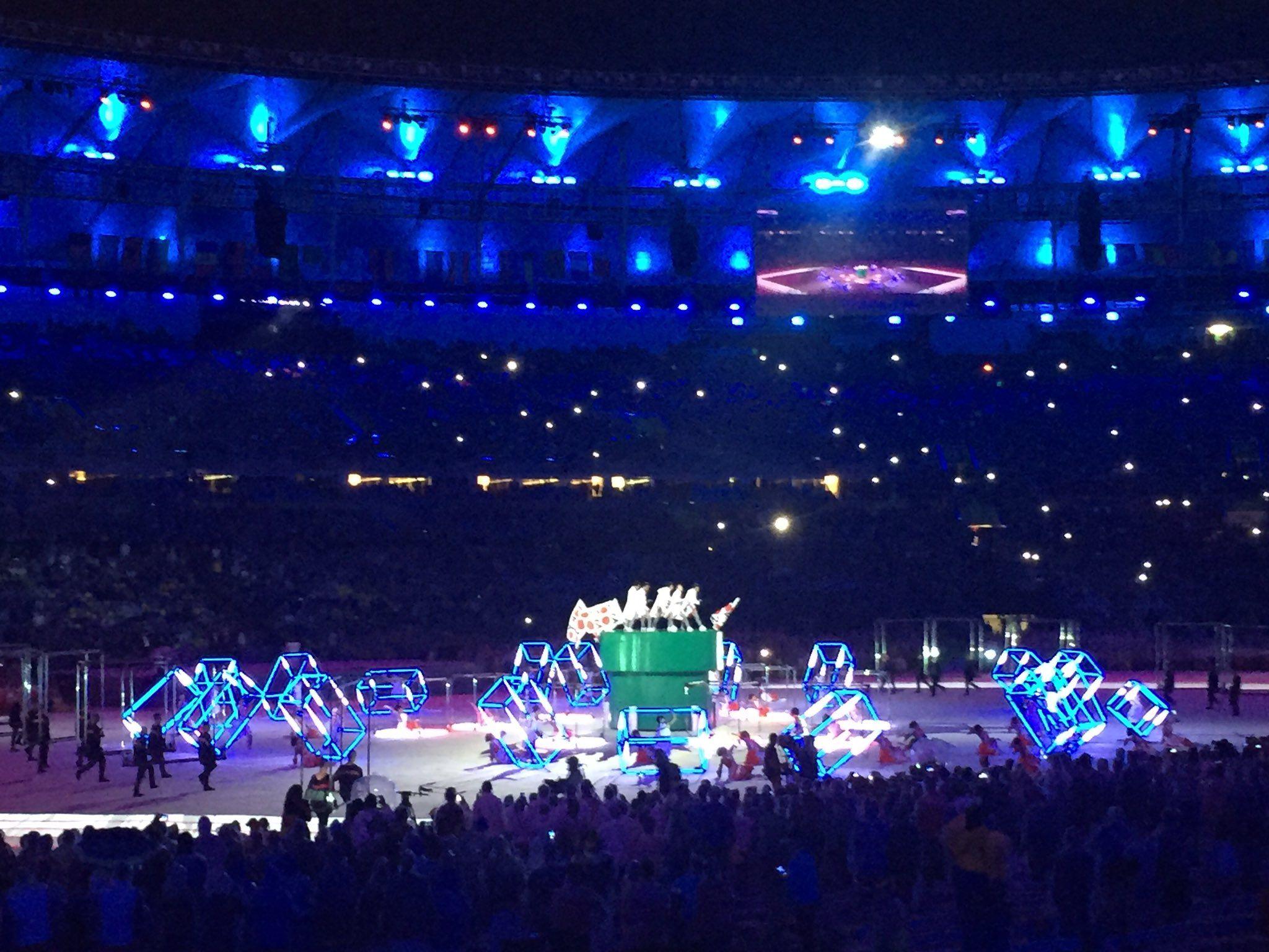 RT @passosdoturismo: #Tokyo2020 chegou com uma ajudinha do #SuperMario!!  #RiotoTokyo #Rio2016 https://t.co/Ol3fv6IVrv https://t.co/WBqnl2xUZI