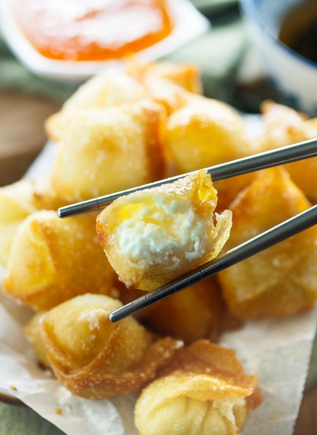 Ingre Nts Wontons 1 8 Oz Package Softened Cream Cheese  C2 Bd Cup Powdered Sugar 1 12 Oz Package Wonton Wraps 1 Egg Whisked With A Splash Of Water