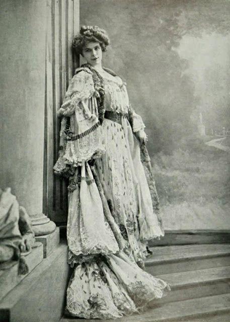 Manteau du soir par Drecoll, 1904