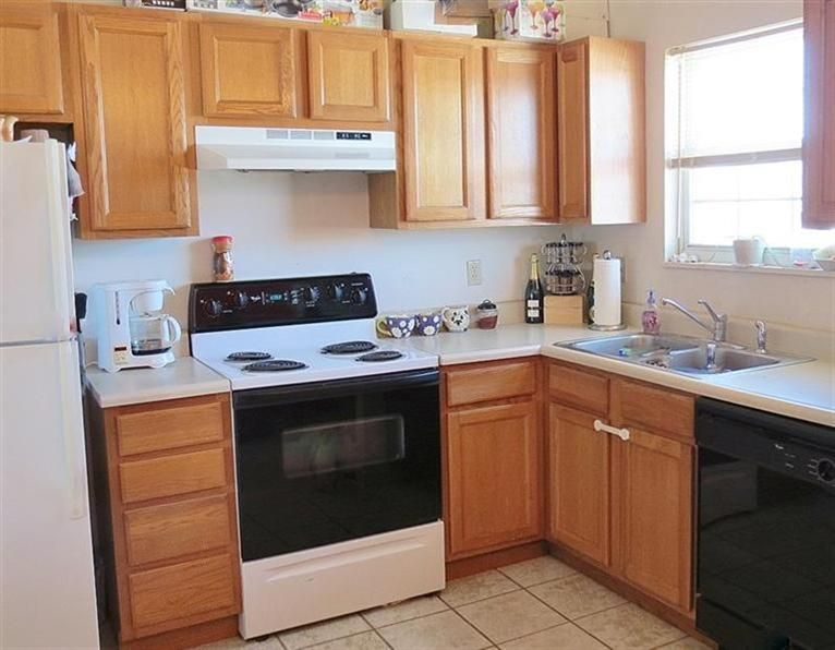 Bi level kitchen ideas home someday kitchen for Bi level kitchen remodel ideas