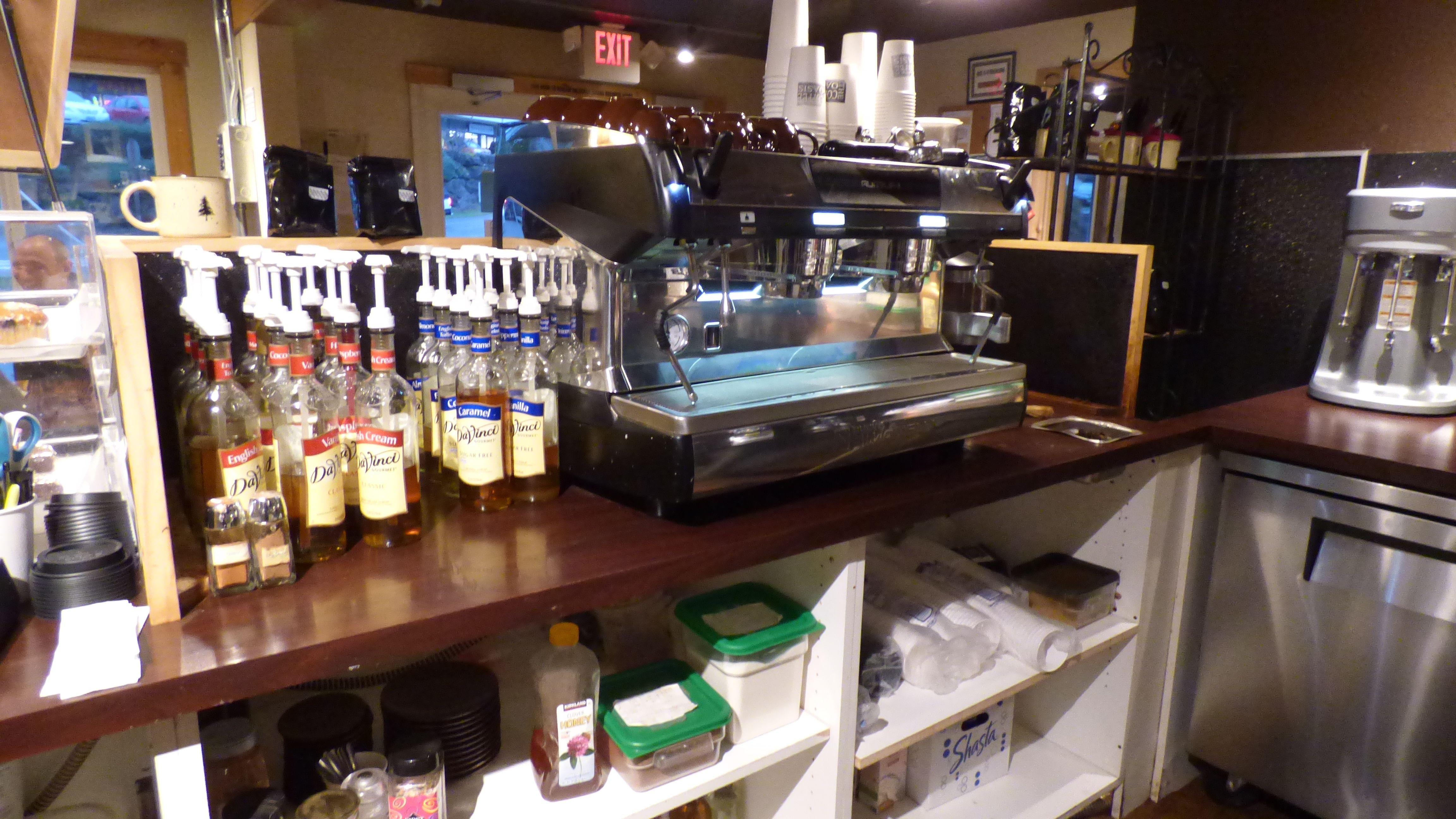 The Coffee Oasis Poulsbo Espresso Machine Kitsap Charity Kitsapcares Bremerton Poulsbo Port Orchard Photo Ken R Coffee Shop Business Poulsbo Coffee Shop