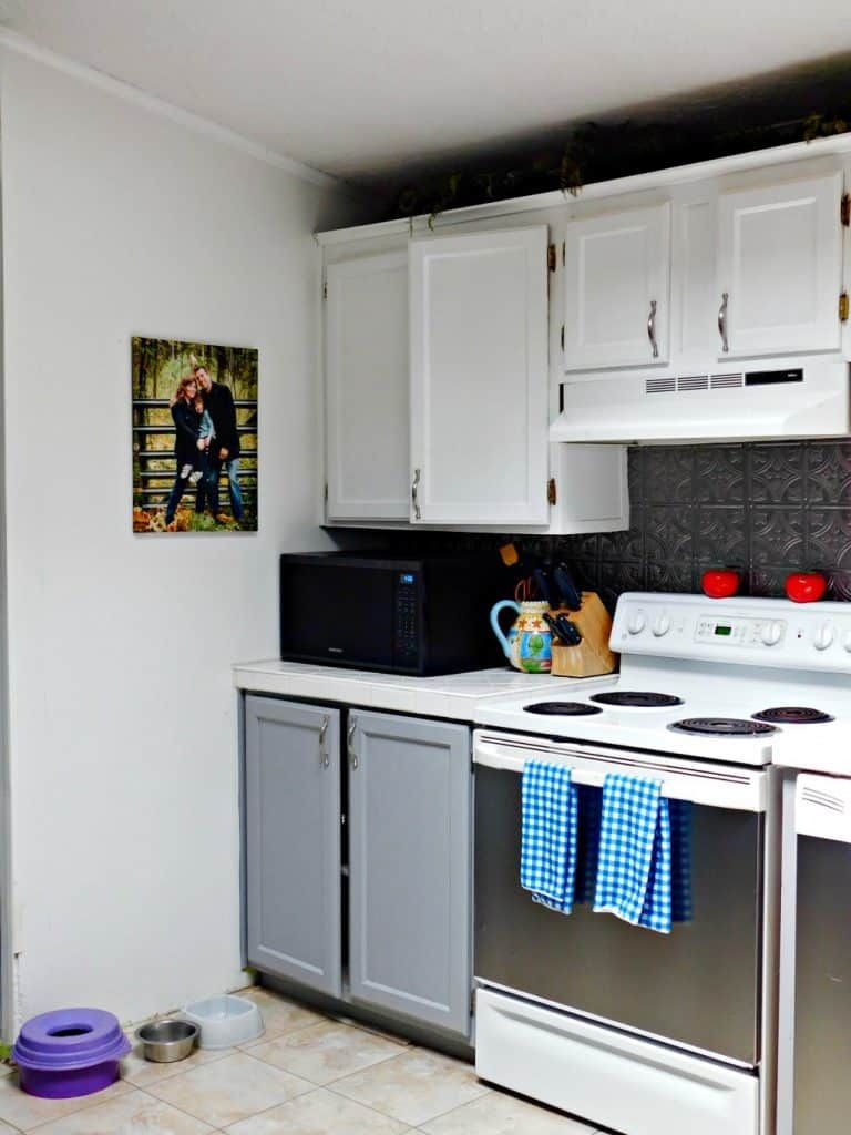 The Best Way To Clean Your Kitchen Cabinets Diy Cleaning Recipe Kitchen Cabinets On A Budget Kitchen Cabinets Diy Kitchen Cabinets