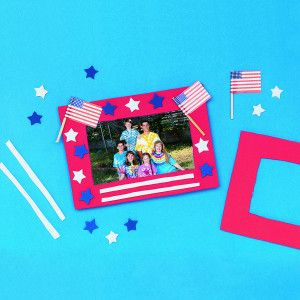 Fun Stars 'N Stripes Frame© Craft Kit available on ssww.com