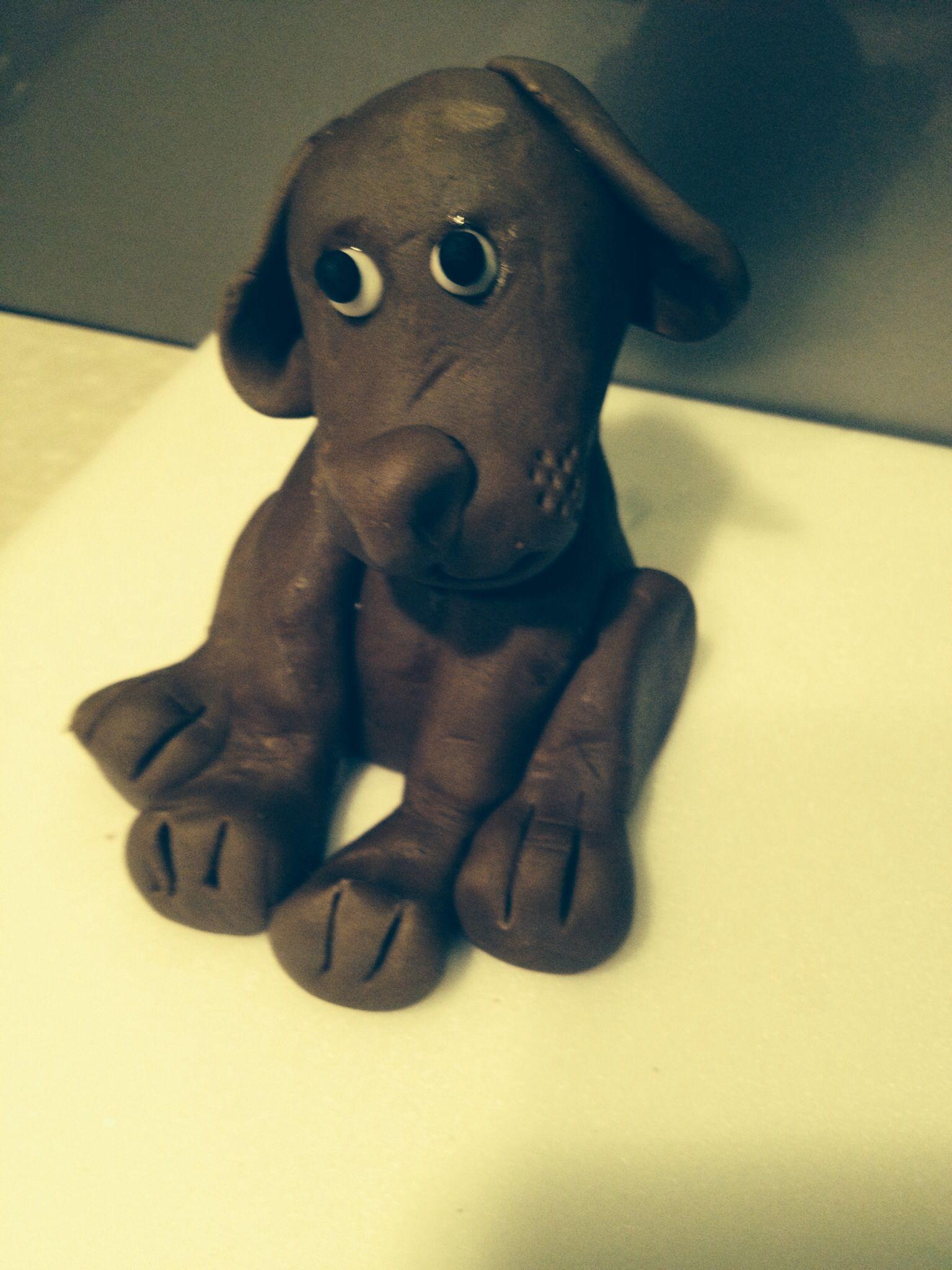 I made a model of my chocolate labrador chrissie hynd fondant
