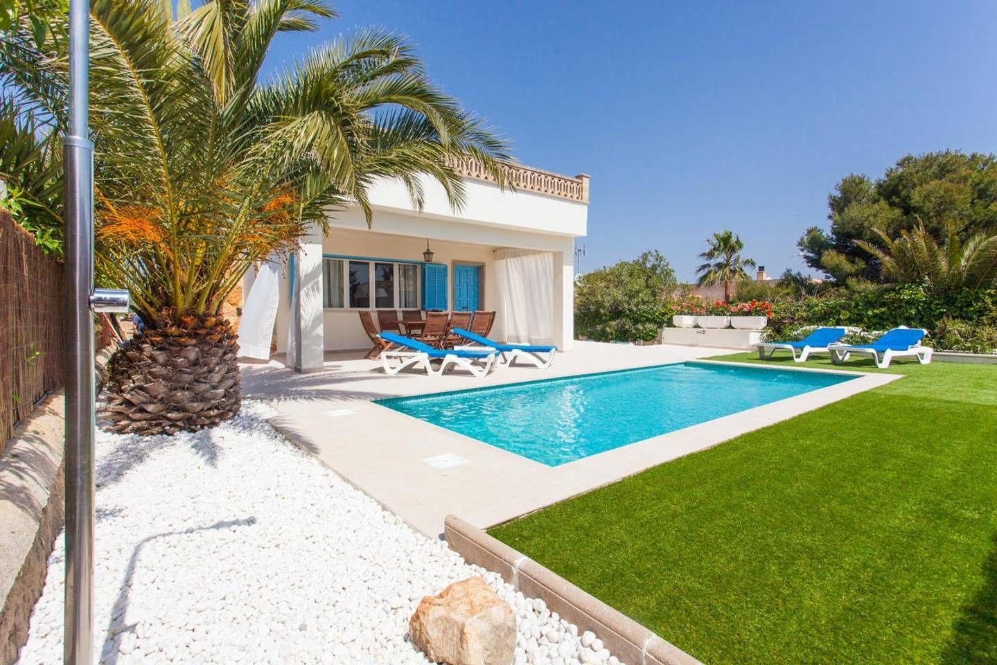 Cozy Villa In Cala Llombards Mallorca Reihenhauser Zur Miete In Cala Llombards Mallorca Spanien Villa Mallorca Spanien